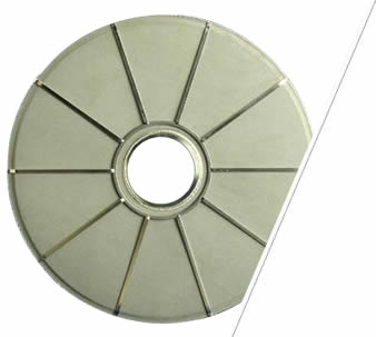 A stainless steel sintered leaf filter